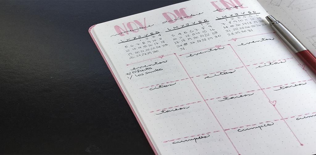 Ejemplo de registro anual para Bullet Journal desde cero.